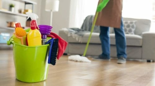 Mopping the floor; cleaning services