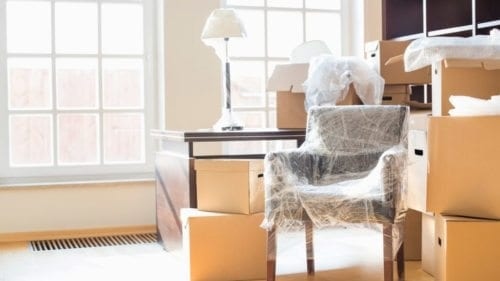 Declutter benefits: packing is easier and moving is cheaper